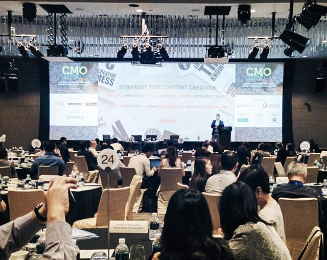 Digimind's General Manager APAC, Stephen Dale speaking about digital marketing strategies at the CMO Innovation Summit Singapore 2017